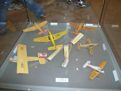 Papírové žně 2008