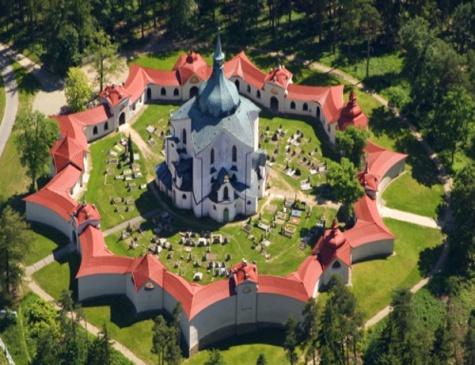Poutní kostel SV Jana Nepomuckého na zelené Hoře