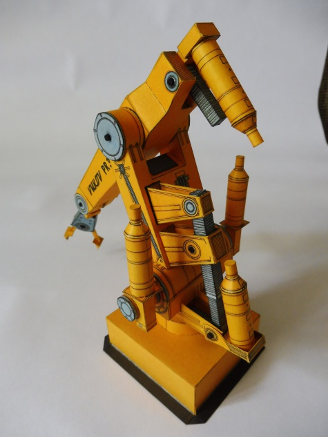 PRŮMYSLOVÝ ROBOT PR 32