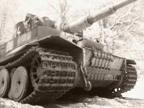 PzKpfw VI Tiger I / Halinski / 1:25 Kovář
