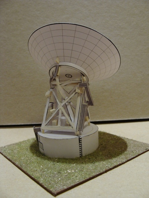 radio telescope 32 m typ Merlin