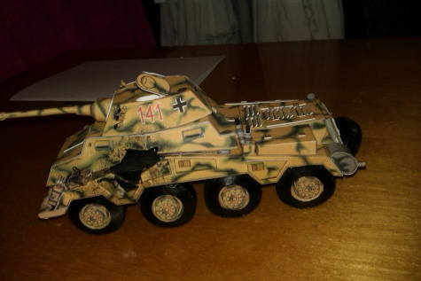 Sd.Kfz.234/2 Puma s průstřelem