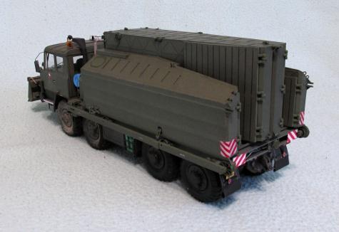 T 815 PMS + PMS-1