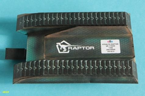 Tank budoucnosti Stealth Raptor