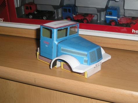 Tatra 111 valník s vlekem