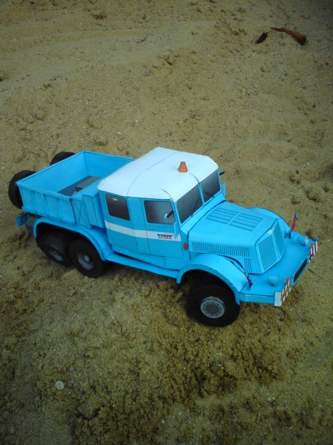 Tatra 141