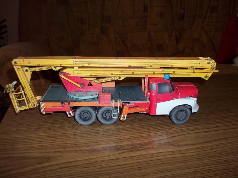 Tatra 148 PP22.1-požarní plošina