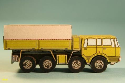 Tatra 813 - Kolos