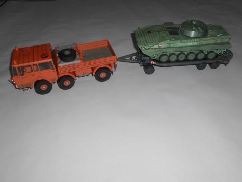 TATRA 813 6x6 + P32 + BVP 2 / TATRA 8X8 + P50 + T34