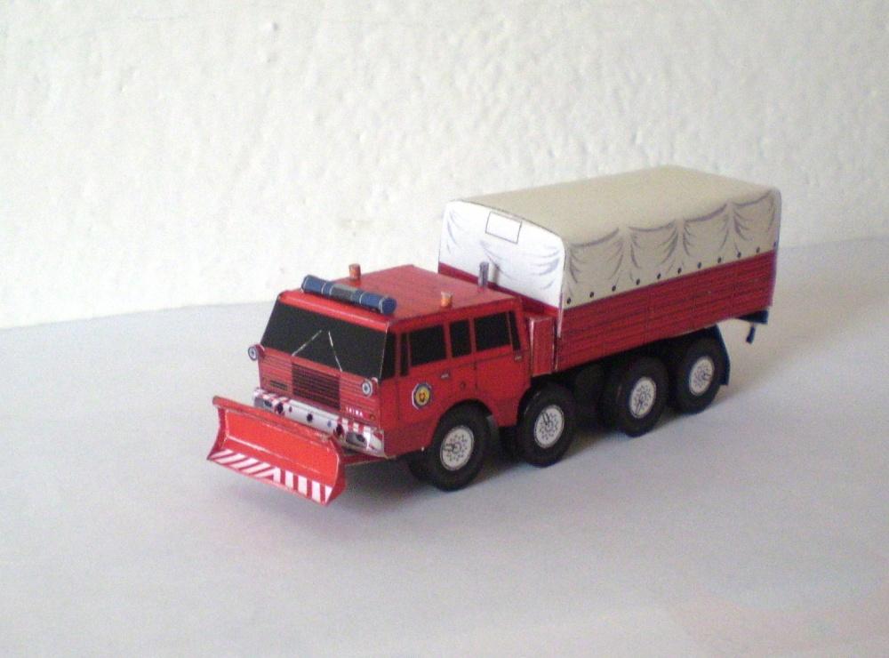 Tatra 813 8*8 kolos HaZZ SR