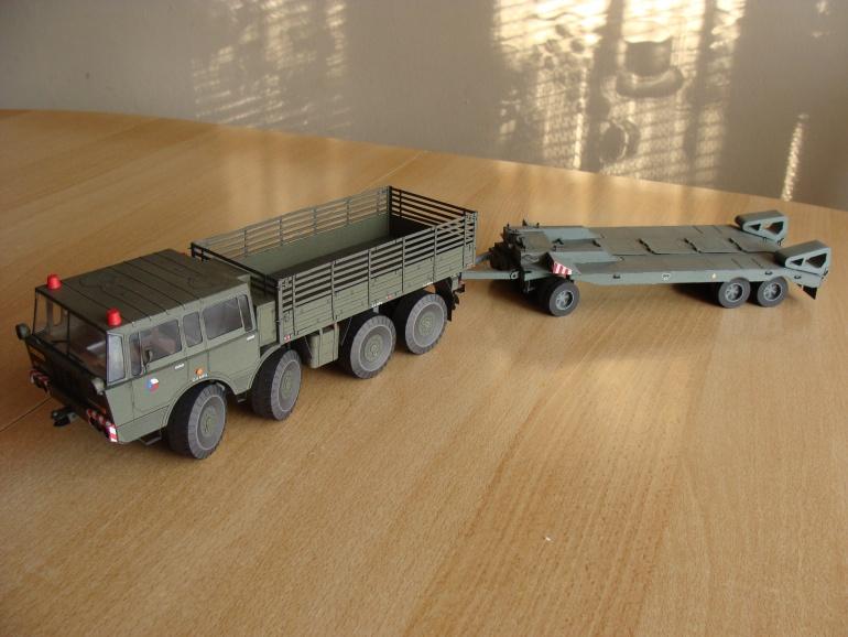 Tatra 813 8x8 Kolos