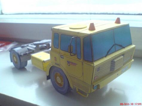 Tatra 813 TNH