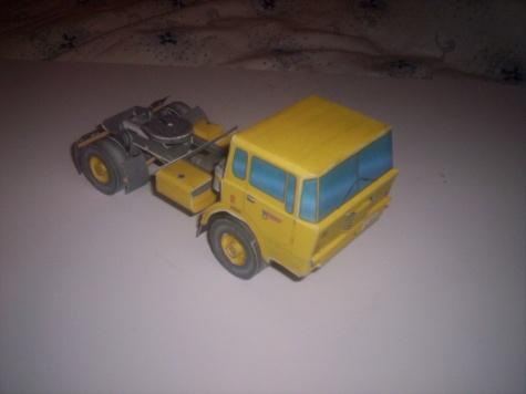 Tatra 813 TNH tahač
