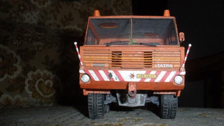 Tatra 813 TP 6x6 (nosatá maska)