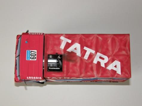 Tatra 815 VD 10 300 4x4.1 Dakar 88 / 1:32