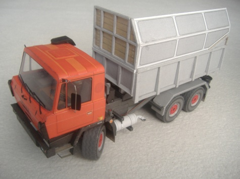 Tatra 815 kontejner