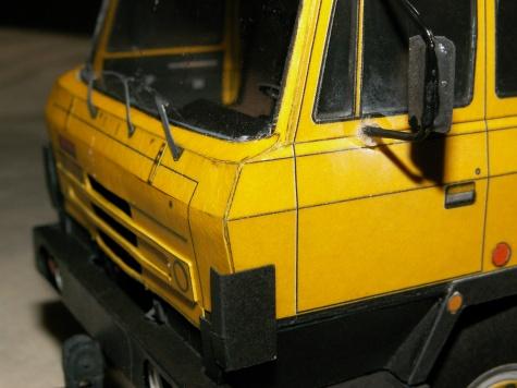 Tatra 815 žlutá