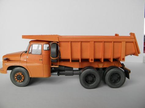 Tatra 148 S1