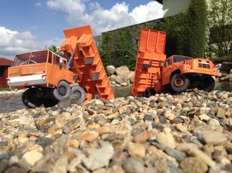 Tatra 813 S1 a Tatra 148 S1