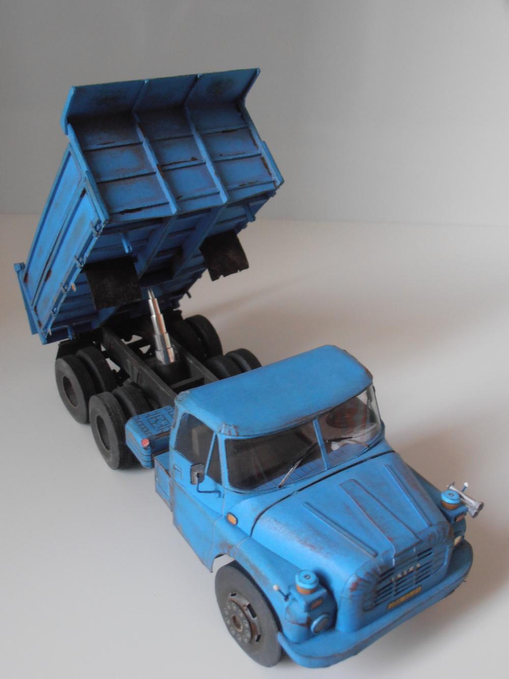 Tatra T2-148 S3-třístranný sklápěč