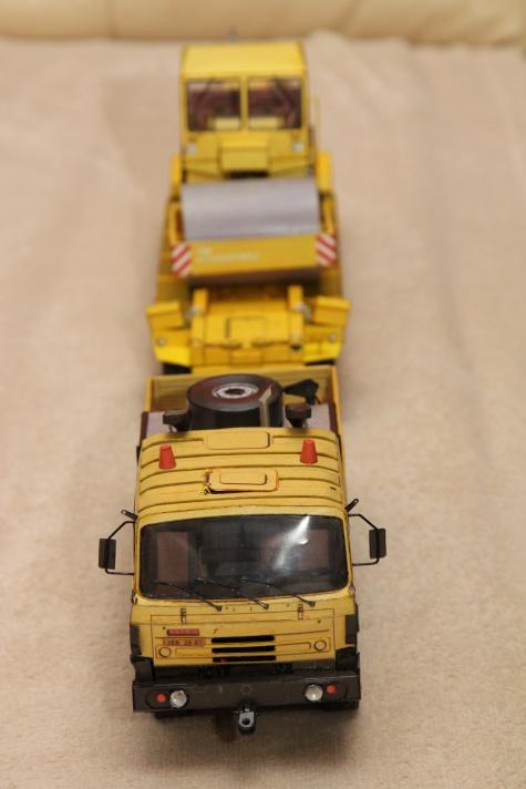 Tatra T815 T 24 265 6x6.1R + Transporta P-50 + Stavostroj VV 100