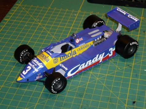 Tyrrell 011/82