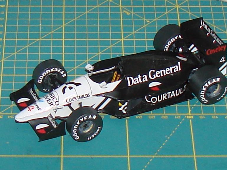 Tyrrell DG/016