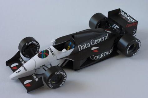 Tyrrell DG 016