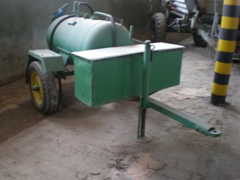 vozík na naftu