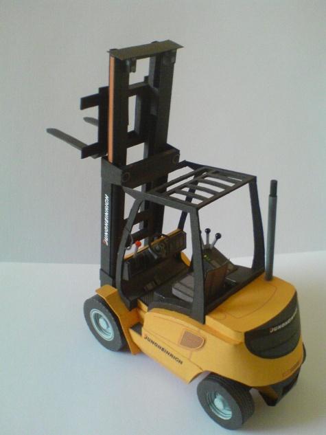 vysokozdvižný vozík DFG 25