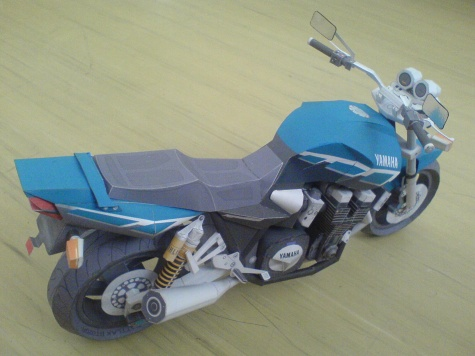 YAMAHA XJR1300 Free model